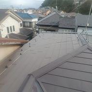 磯子区雨漏りしてました、既存カラ-ベストに上葺き工事